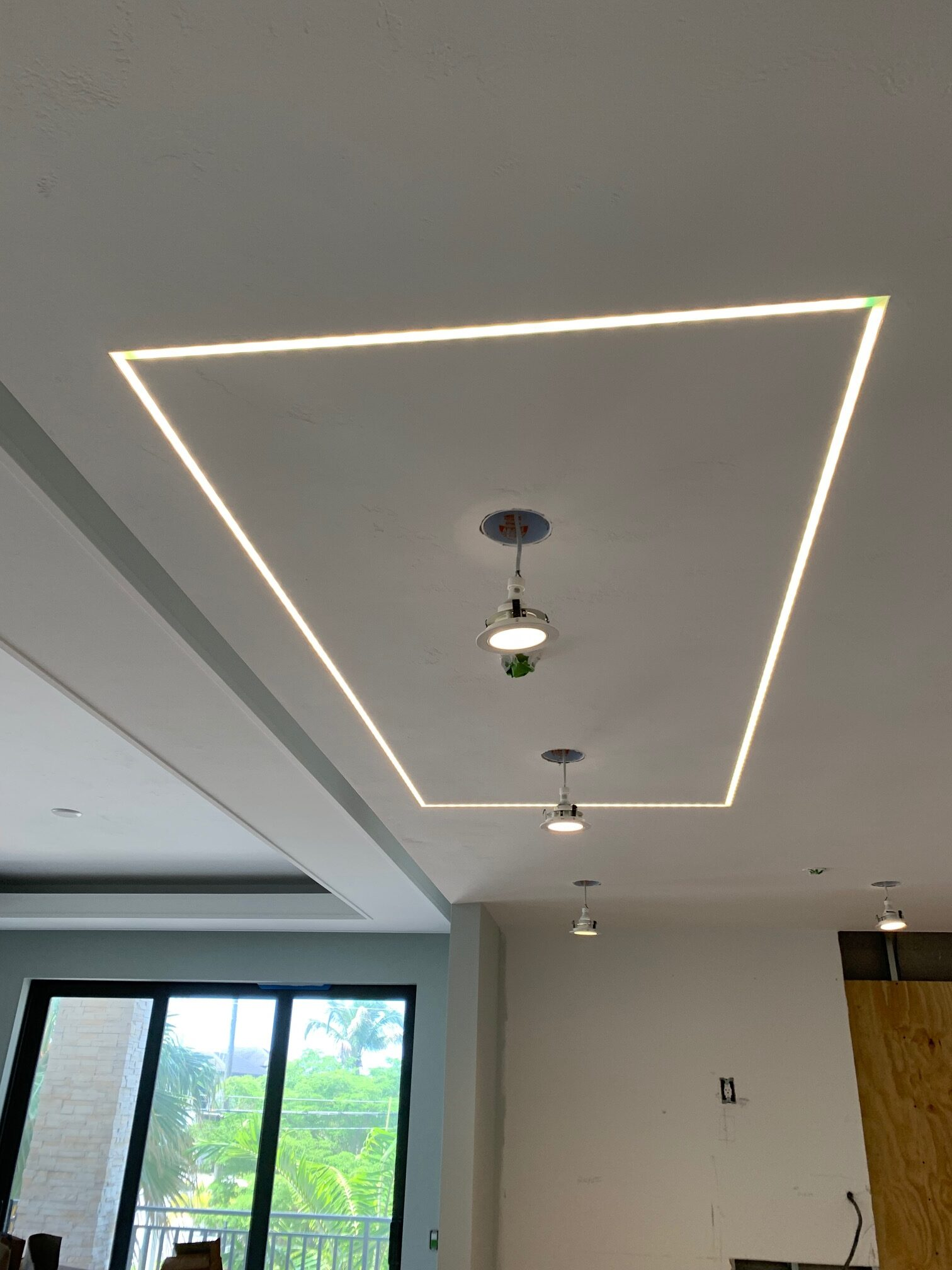 Install Led Strip Lights On Ceiling Rus Decorative Finishes